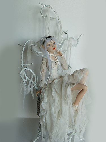 Keira fairy sculpture