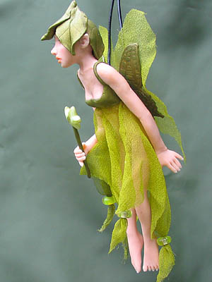 Zenna mini fairy sculpture